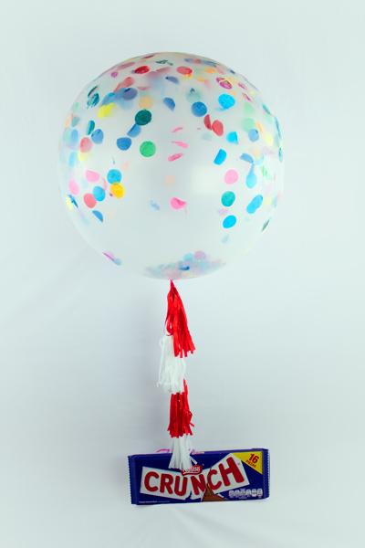 Globo gigante con helio y chocolate Crunch
