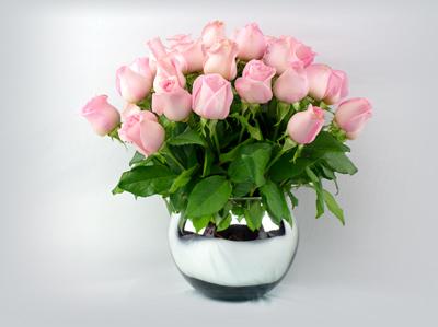 Esfera de rosas pastel