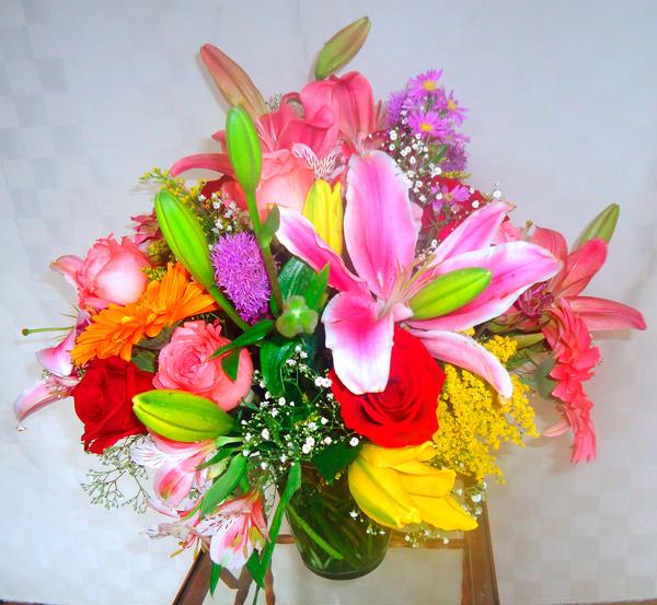 Bouquete mixto en base de cristal