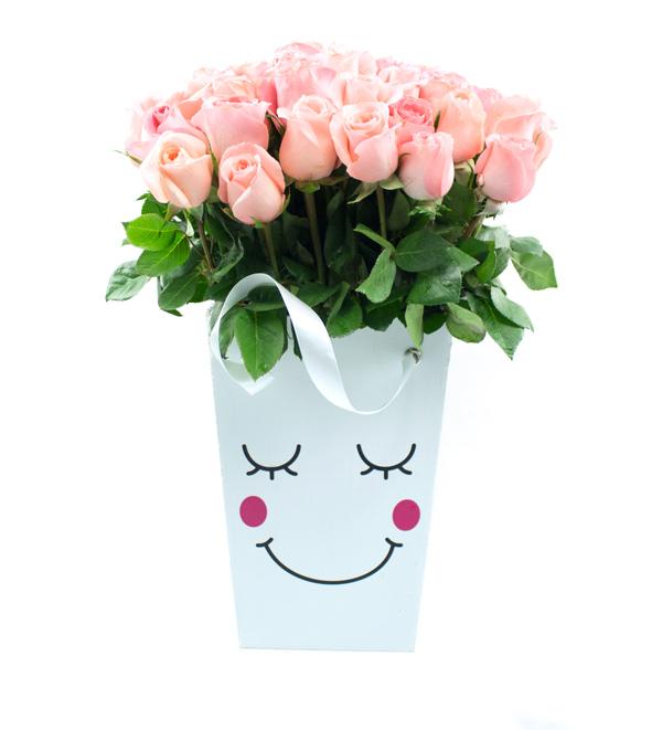 Caja con carita de ternura & rosas salmón