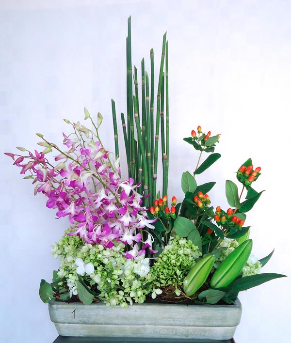 Jardinera con orquideas