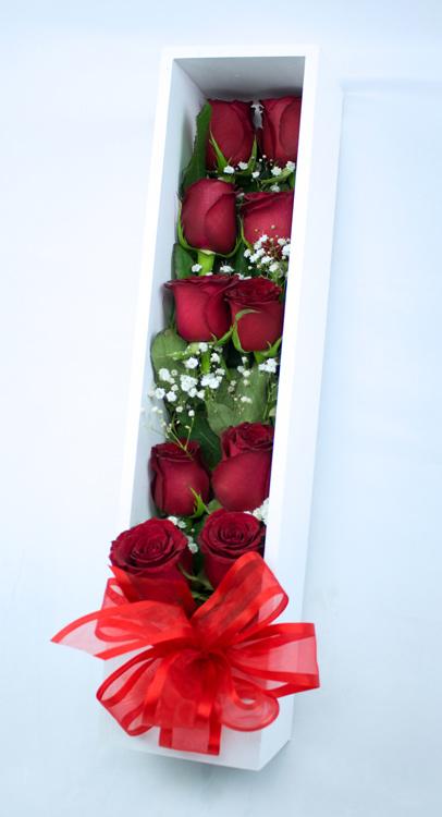 Box de madera con rosas