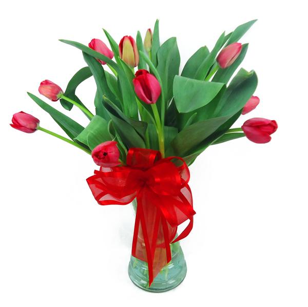Bouquet de cristal con tulipanes rojos